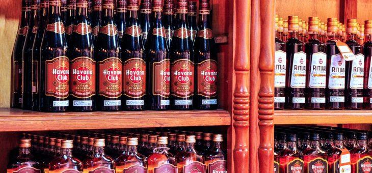 Kubański rum i tradycyjne drinki